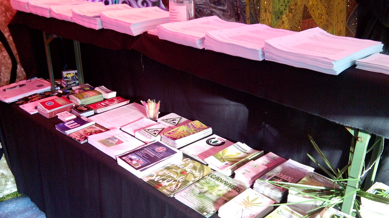 Foto vom Infostand beim Goa Gil Festival
