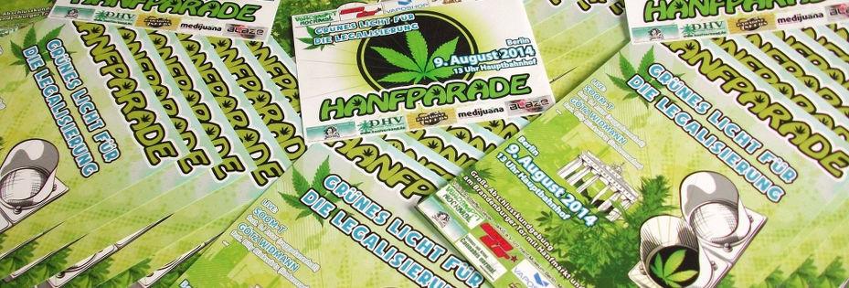 Foto von Flyern und Stickern der Hanfparade 2014