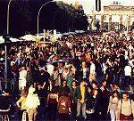 Foto des Markt der Möglichkeiten der Hanfparade 1998