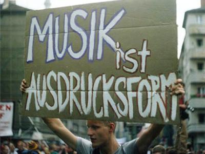 Fuckparade 2001 - Musik IST eine Form der politischen Meinungsäusserung