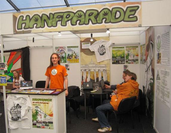 Hanfparade-Stand auf der Cannafest Hanfmesse in Prag