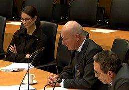 Foto von ReferentInnen bei der Anhörung im Bundestag zum Thema Cannabis