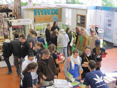 Foto vom Stand der Hanfparade auf der Cultiva 2012