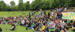 Gruppenfoto nach der Abschlusskundgebung des GMM 2014 Berlin im Görlitzer Park Berlin