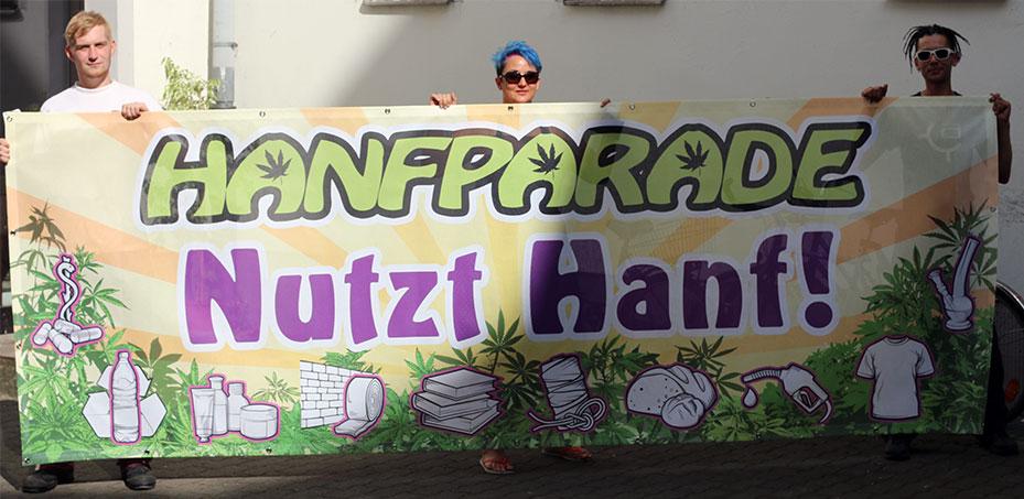 Leittransparent der Hanfparade 2015
