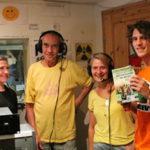 Foto von Moderatorin Carola Ludwig mit Hans, Marion und Daniel im Studio Ansage bei der Sendung MegaSpree on Air am 2. August 2017